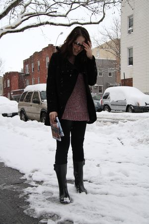 black boots - black American Apparel leggings - pink H&M sweater
