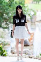 white eyelet Sugarlips skirt - black studded bucket Sportsgirl bag