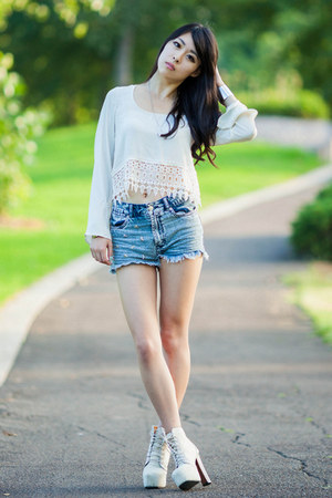 sky blue denim Factorie shorts - ivory crochet Tobi top