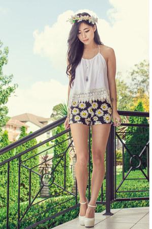 white crochet Miss Pixie Fashion top - yellow daisy Motel Rocks shorts