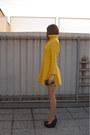 Black-no-name-bag-mustard-vintage-dress-silver-oasap-sunglasses