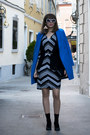 White-no-name-dress-blue-asos-coat-black-oasap-bag-black-zara-vest