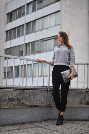 heather gray weekday sweater - silver Monki bag - black H&M pants