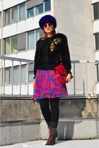 hot pink vintage skirt - deep purple faux fur asoscom hat