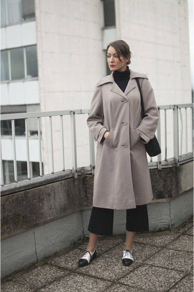 white asos shoes - tan vintage coat - black no name sweater - black no name bag
