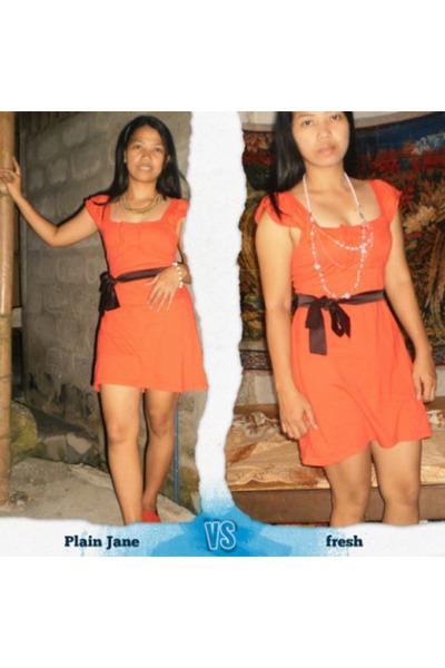 carrot orange Sundance dress - red Reva loafers - Wilson belt