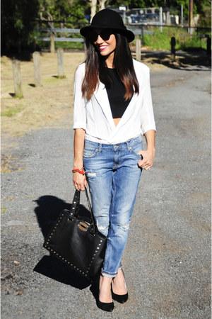 boyfriend jeans Zara jeans - vintage hat - crop top bardot top