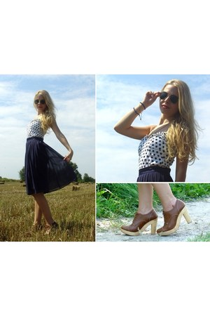 H&M skirt - Bershka shoes - Zara top