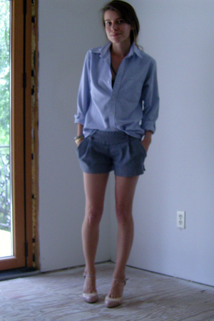 thrift shirt - Lux shorts - go jane shoes
