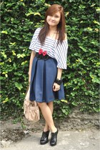 navy loose stripe Levis top