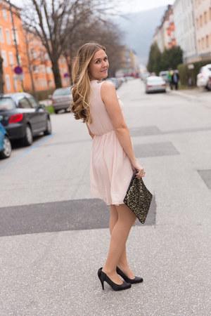 Zara dress - Primark bag - Wet Sear heels