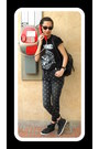 Dark-gray-sandro-jeans-black-ray-ban-sunglasses-black-primark-sneakers