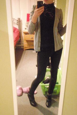 Forever21 cardigan - Forever21 leggings - Zara shoes - moms shirt shirt