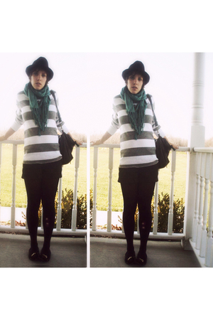 My brothers American Eagle sweater - Forever 21 shorts - tights - Forever 21 pur