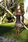 Black-vintage-dress-tawny-maloles-boots-brown-target-belt