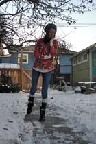 skinny BDG jeans - Dr Martens boots - floral vintage sweater - socks
