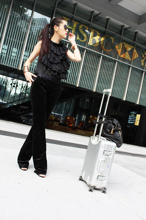 black Sisley top - black Dolce Gabbana pants - black alaia sandals