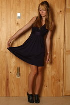 deep purple banana republic dress - black Urban Outfitters heels
