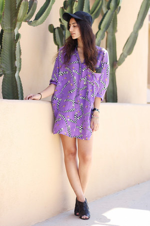 black H&amp;M hat - purple vintage silk blouse - black Vince Camuto heels