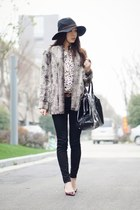 heather gray Alice  Olivia coat - black J Brand jeans