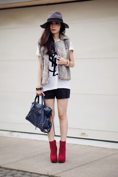 Yves Saint Laurent t-shirt - Dolce Vita boots - balenciaga bag