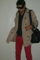 Burberry coat - Burberry belt - Chanel purse - Mango jeans - Zara shirt
