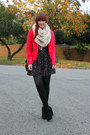 Black-floral-print-quirky-circus-dress-red-jay-jays-blazer-cream-snood-of-my