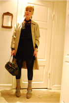 beige vintage burberry coat - beige Burberry Prorsum shoes - black Queens Wardro