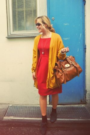 red dvf dress - green Zara shoes - gold Monki cardigan - brown Mulberry bag