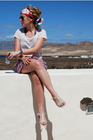 pink Topshop shorts - white Topshop shoes - pink vintage dior scarf - brown