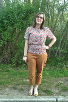 ivory vintage top - light orange Old Navy pants - hot pink Rivet & Sway glasses