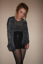 Glamorous shorts - Primark tights - Pink Boutique cardigan - Primark t-shirt