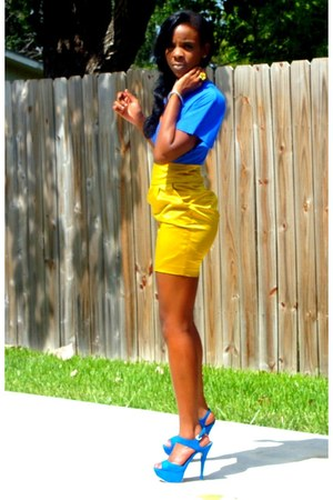 blue blouse - yellow skirt - blue heels
