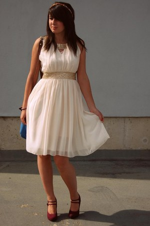 cream Lovestruck dress - blue thrifted vintage bag