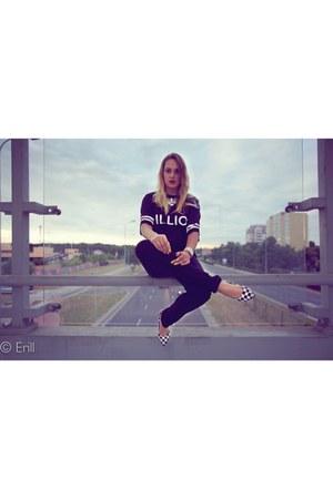 black H&M jeans - black loveitshop top - white deezee heels