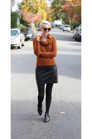 H&M sweater - Zara boots - Express skirt