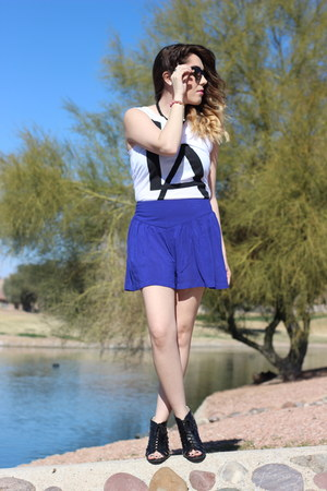 Forever 21 shorts - Project Social T top - Forever 21 wedges
