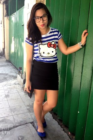 black Marithé  François Girbaud bag - blue Sanrio shirt - black skirt