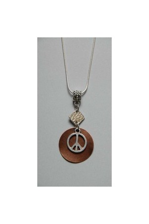 round peace and love necklace