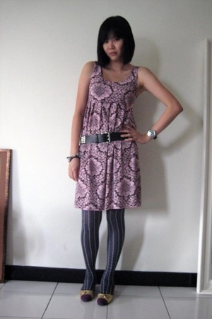 Gossip dress - H&amp;M belt - Prada socks - Rockin Reptile shoes
