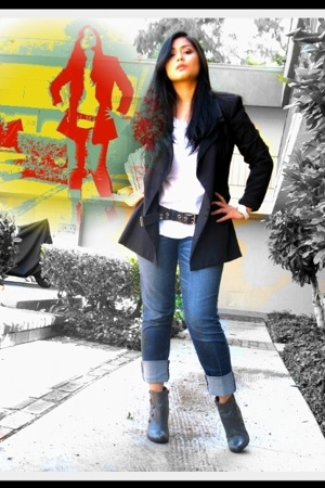 vintage blazer - American App t-shirt - belt - DKNY jeans - asos boots