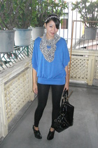 random brand top - random brand leggings - random from Hong Kong scarf - Le Donn
