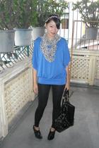 random brand top - random brand leggings - random from Hong Kong scarf - Le Donn