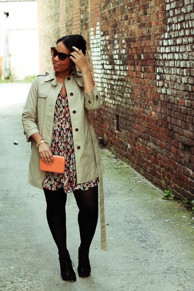 gap trench coat Gap coat - Dolce Vita shoes - Forever 21 dress - HUE tights