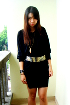 Gaudi dress - irenes wardrobe belt - gift necklace - singapore shoes