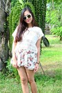 White-clubmaster-rayban-sunglasses-off-white-floral-dress