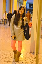 bronze Lilley boots - periwinkle ovs sweater - hot pink Bazaar leggings