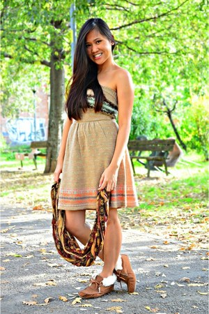 beige pull&bear dress - crimson Terranova scarf - burnt orange Forever 21 flats