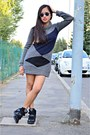 Charcoal-gray-dress-deep-purple-terranova-sunglasses