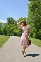 70s vintage dress - thrifted bag - Dry Goods belt - Mudd wedges